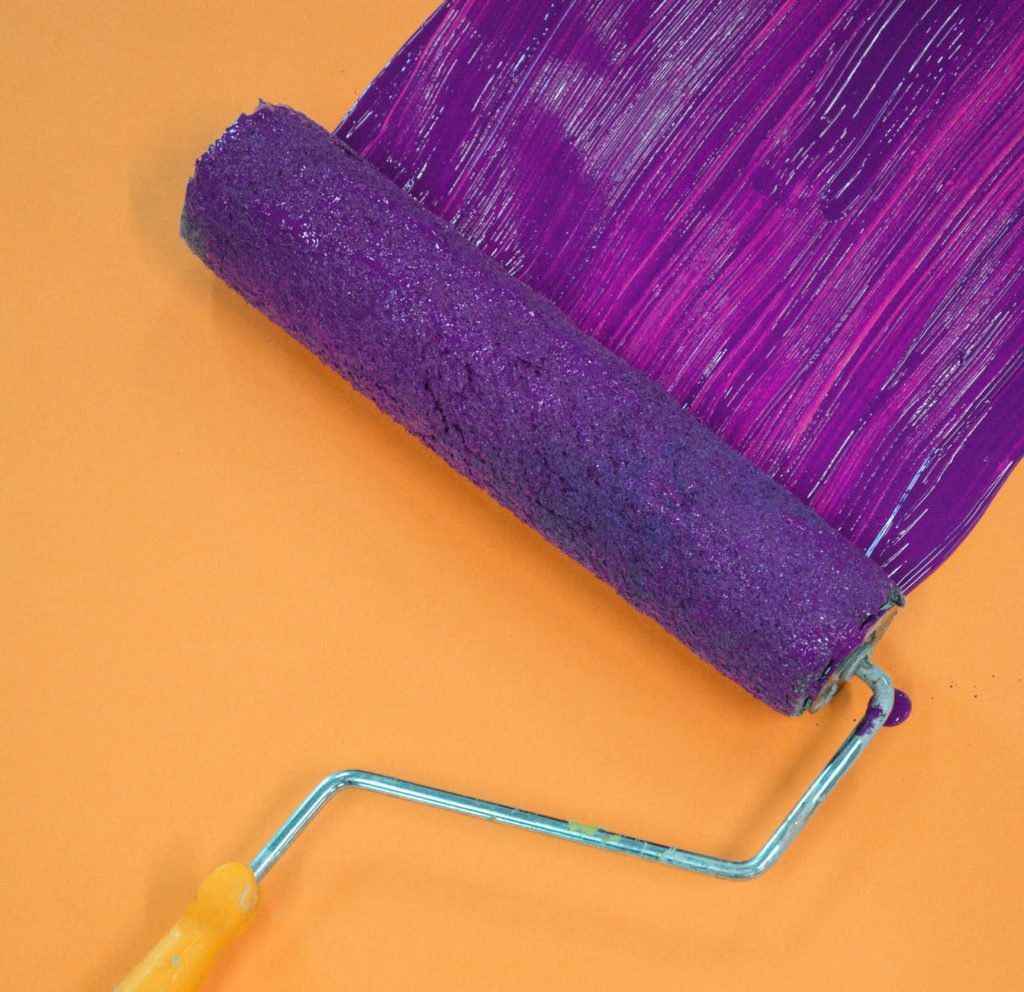 how-to-paint-a-wall-with-a-roller