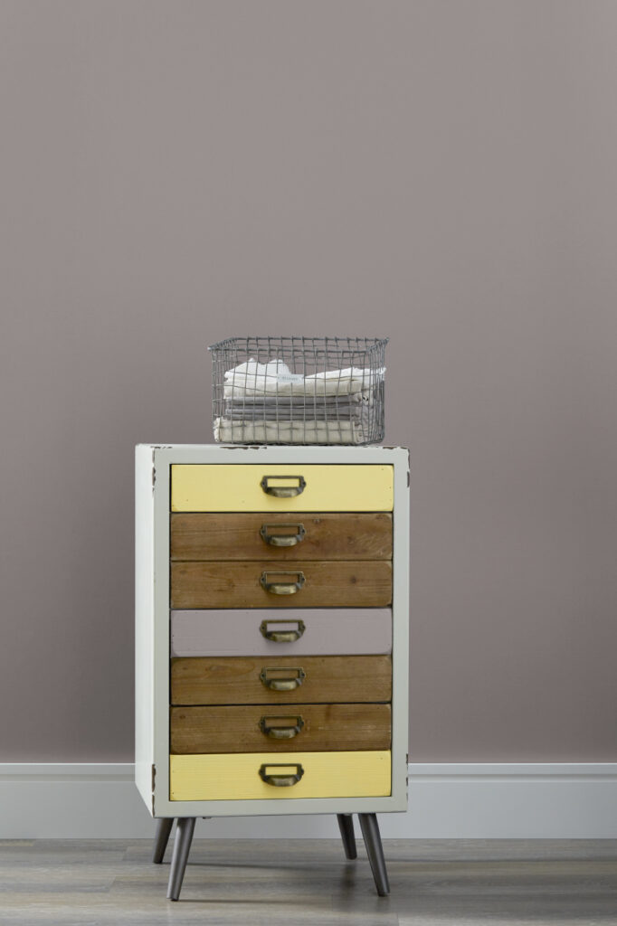 wood_furniture_painting_ideas